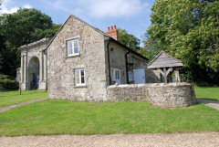 Self catering cottages in the grounds of a 18th century manor house