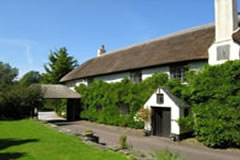 Big Cottages, , Isle of Wight. County Houses and Large Cottages to Rent