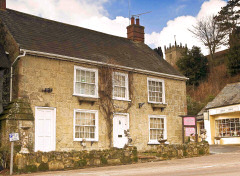 17th Century cottage in the centre of village, Christmas Cottage, Godshill, Isle of Wight