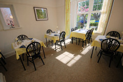 Clifton House, Totland Bay, Isle of Wight. Private B&B on Colwell Common