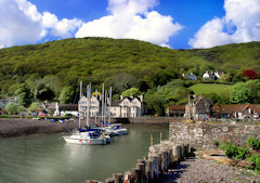 Self catering flat overlooking the harbour at Porlock Weir