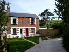 Self catering cottage in Totland, Isle of Wight, Little Moon Cottage, Totland, Isle of Wight