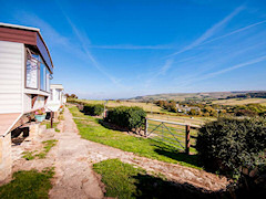 Luxury caravans and cottage in the heart of the Isle of Wight countryside