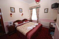 Roseberry Hotel, Shanklin, Isle of Wight. Family run hotel in Shanklin
