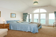 The Sea House, Seaview, Isle of Wight. Self Catering in Seagrove Bay