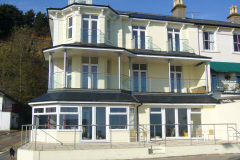 Shanklin self catering by the sea, Sunny Beach Apartments, Shanklin, Isle of Wight