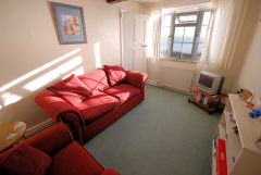 Undercliff Glen, Ventnor, Isle of Wight. Self catering apartments and caravan park overlooking the sea