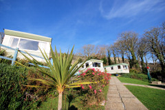 Self catering apartments and caravan park overlooking the sea