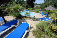 Upper Chine Holiday Cottages and Apartments, Shanklin, Isle of Wight. Self catering accommodation with outdoor and indoor swimming pools